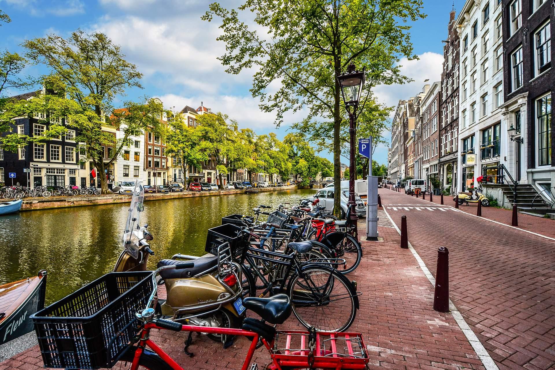 Busreis Amsterdam citytrip minitrip