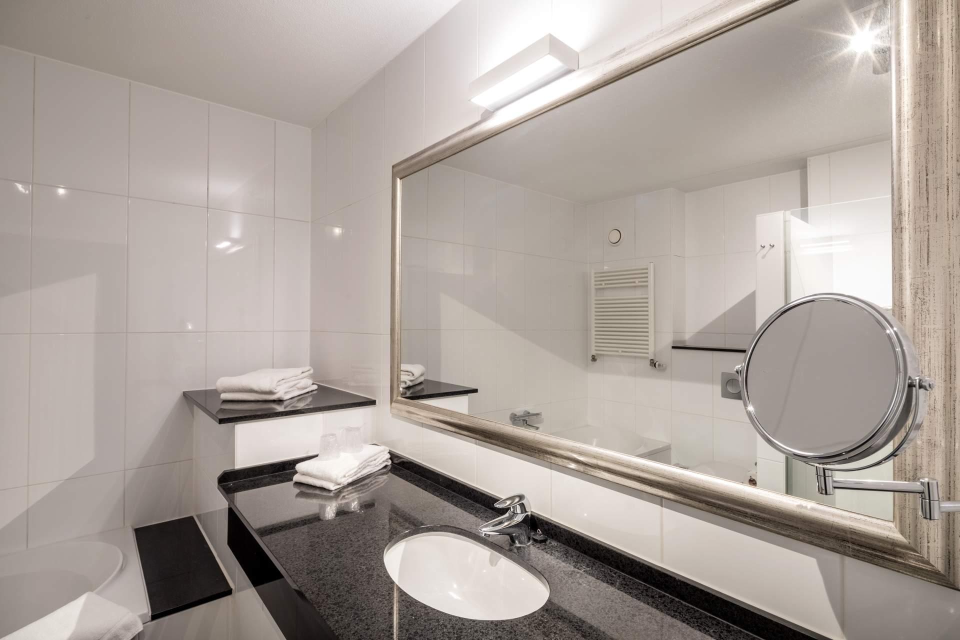 Busreis Giethoorn minitrip citytrip Hotel Van der Valk Wolvega
