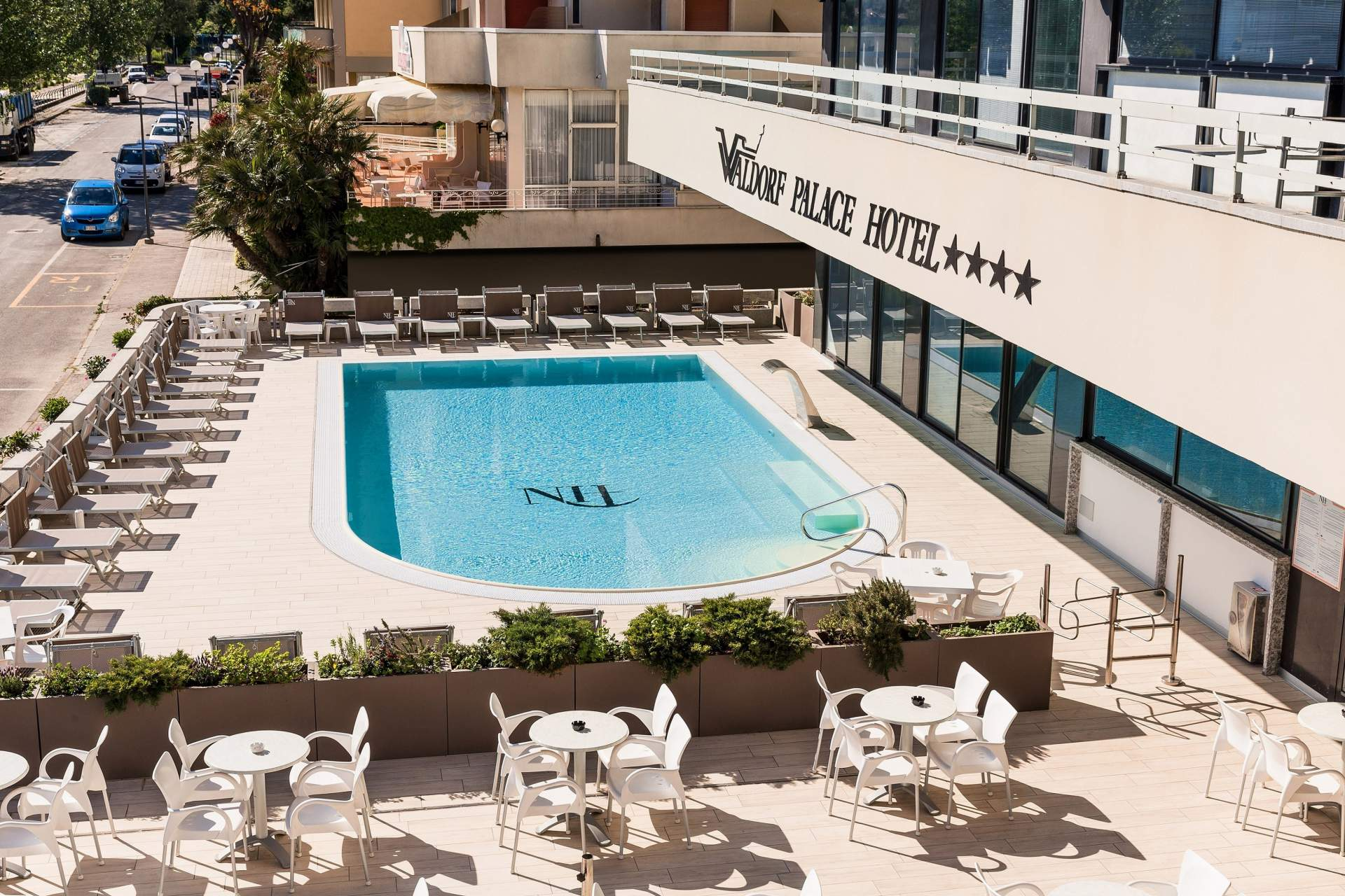 Busreis Cattolica Hotel Waldorf Palace strandvakantie