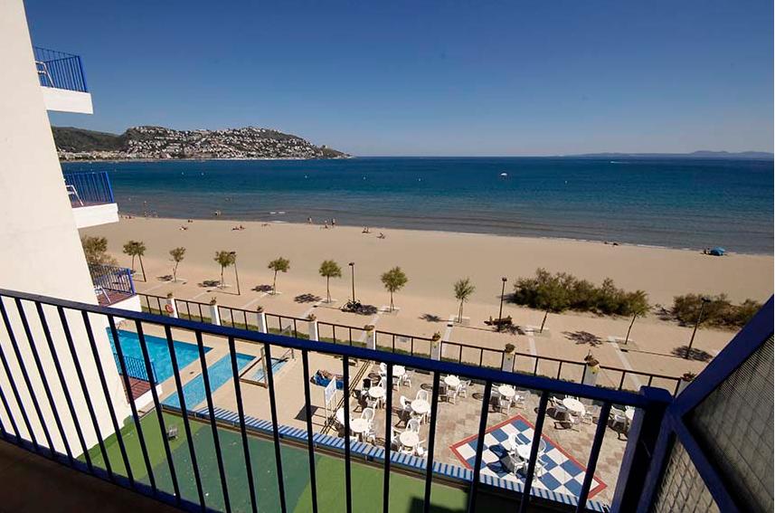 Busreis strandvakantie promo Rosas Hotel Marian Platja