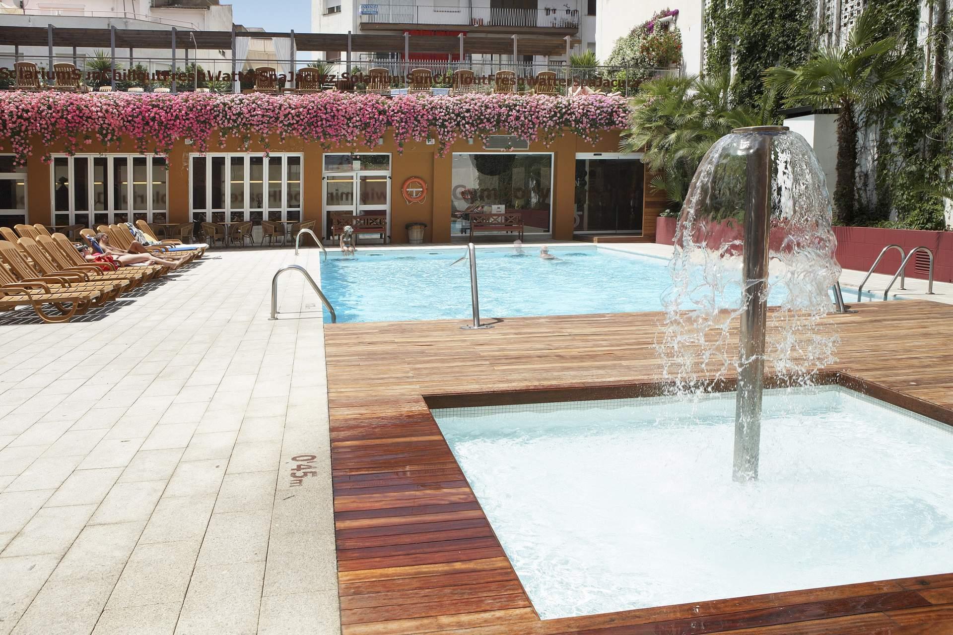 Lloret de Mar - Hotel Alegria Plaza Paris & Spa