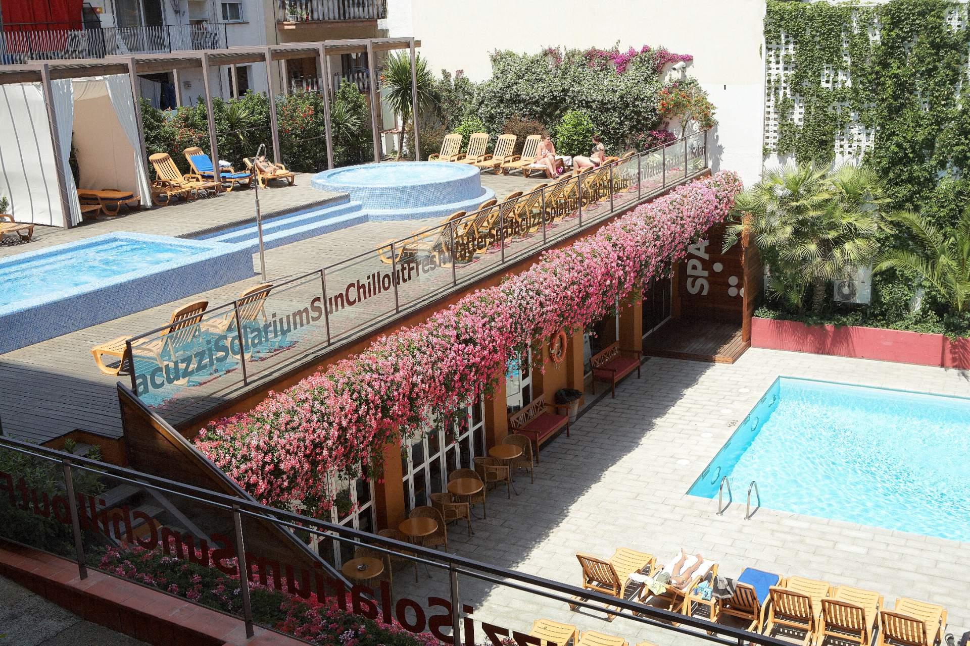 Busreis Lloret de Mar Hotel Alegria Plaza Paris & Spa strandvakantie