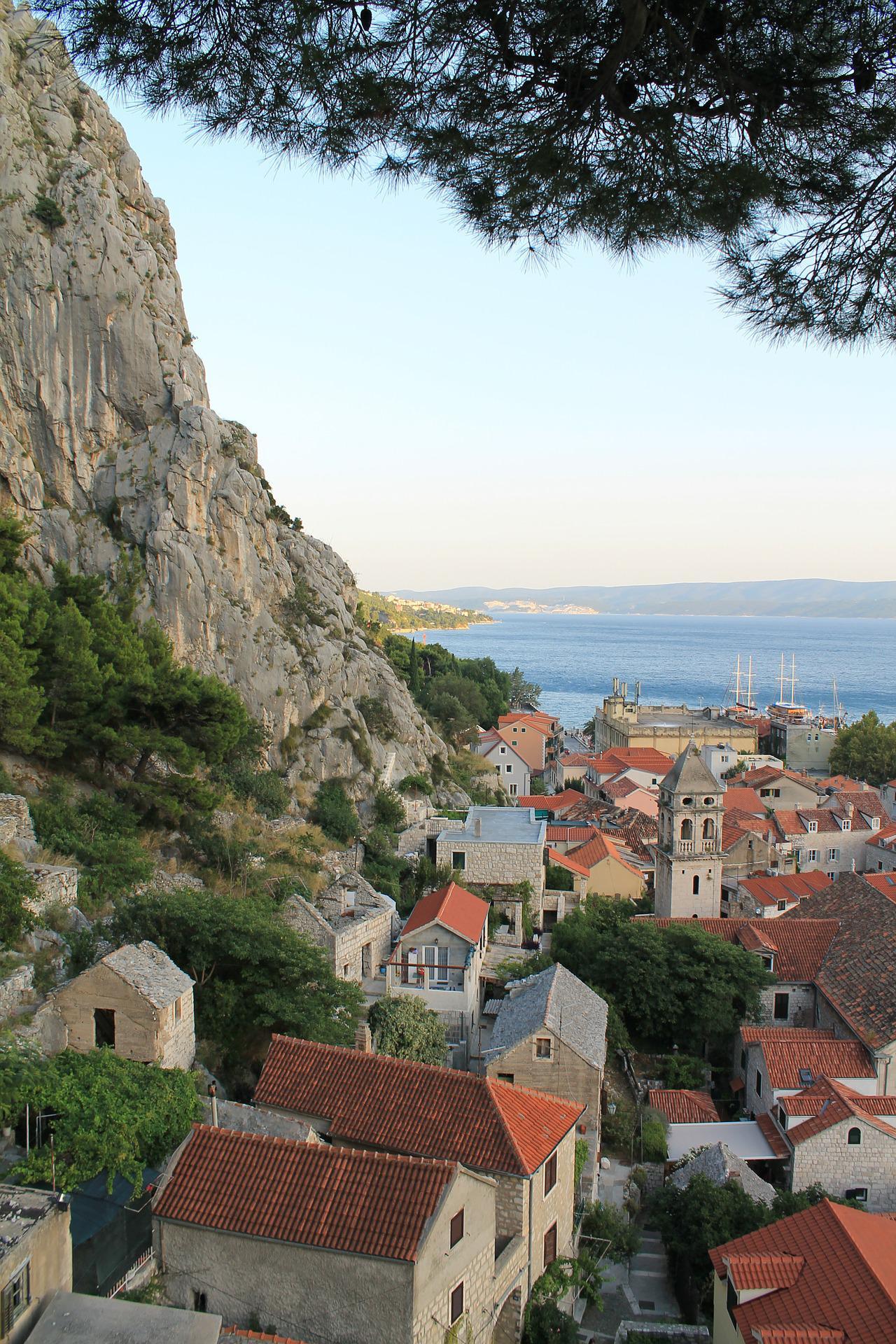 Busreis eilanden van Kroatië Omis rondreis
