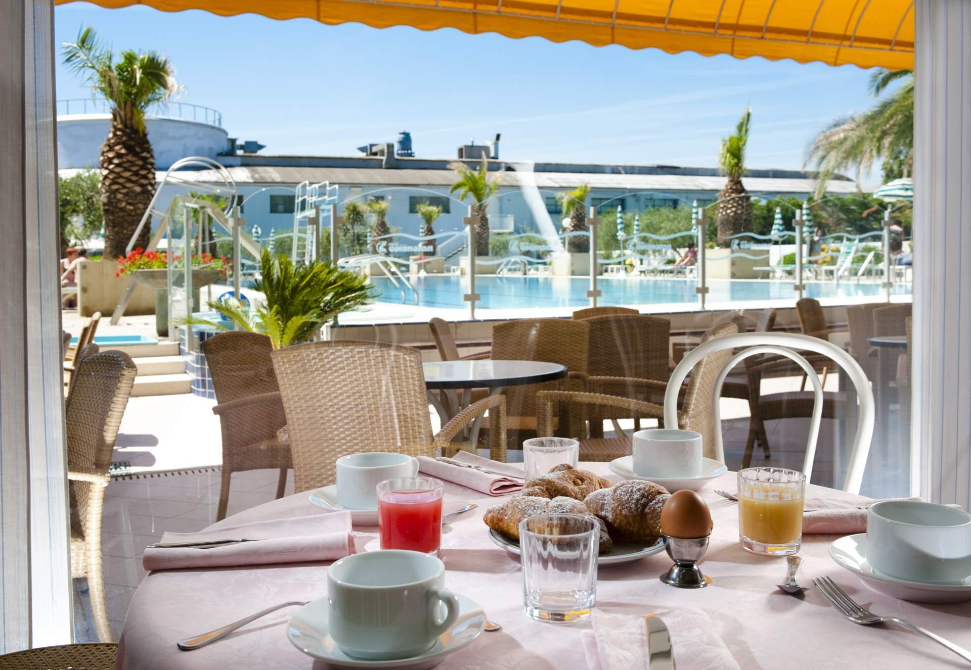 Cattolica - Hotel Cormoran